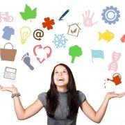 goede-vragen-stellen-vrouw-keuze-symbolen